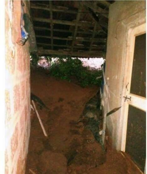 ढगफुटी सदृश्य पावसाने असनियेत घरे व शेती-बागायतीच नुकसान…
