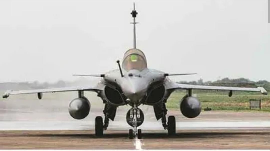 राफेल ५ विमान भारतीय दलात सामील