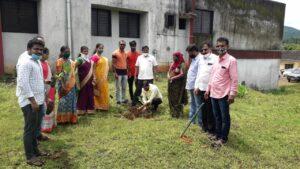 पंतप्रधान नरेंद्र मोदी यांच्या वाढदिवसानिमित्त वैभववाडीत वृक्ष लागवड