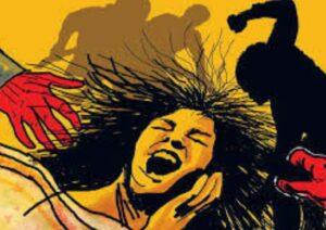 महिला अत्याचाराच्या प्रकरणात एफआयआर नोंदविणे बंधनकारक