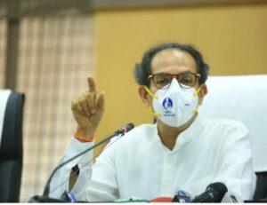 'विरोधी पक्षनेत्यांनी दिल्लीत जावं, मग पंतप्रधानही बाहेर पडतील' – मुख्यमंत्र्यांच्या फडणवीस यांना टोमणा!!!