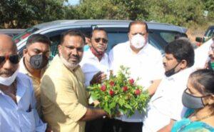 ग्रामविकासमंत्री हसन मुश्रीफ यांचे तालुकाध्यक्ष पुंडलिक दळवी यांनी केले स्वागत…