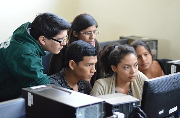 10 वी परीक्षेचे फॉर्म ऑनलाईन सादर करण्यास मुदतवाढ