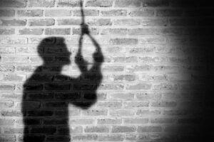 आरवली-सोन्सुरे येथील तरुणाची घरात गळफास लावून आत्महत्या…