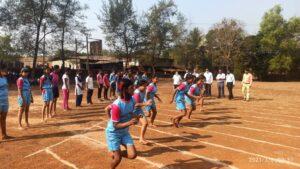कासार्डे विद्यालयात जागतिक महिला दिन गो गर्ल गो धावणे स्पर्धेने साजरा : मुलींचा उस्फुर्त प्रतिसाद