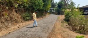 Read more about the article सोनुर्ली माऊली मंदिराकडे जाणाऱ्या रस्त्याचे तात्काळ डांबरीकरण करा…