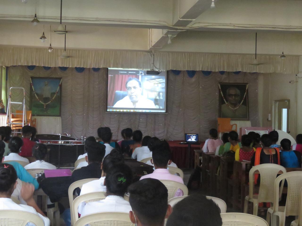जागतिक आरोग्य दिनानिमित्त डॉ. संजय ओक यांचे ई प्रणालीद्वारे मार्गदर्शन