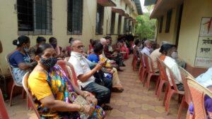 लसीकरण मोहिमेस  साटम महाराज कला क्रीडा मंडळाचे सहकार्य