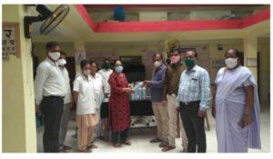 शिक्षक भारती संघटनेकडून दोडामार्ग आरोग्य केंद्रात ५ इमर्जन्सी ऑक्सिजन सिलेंडर व २०० हॅन्डग्लोव्हजचे वाटप