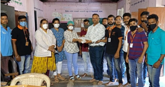 महाराष्ट्र नवनिर्माण सेना, सावंतवाडी आणि सह्याद्री प्रतिष्ठान विभाग, सिंधुदुर्ग यांच्या संयुक्त विद्यमाने करण्यात आलेल्या रक्तदान शिबीराला उत्फुर्त प्रतिसाद..