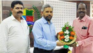 मुंबई विद्यापीठाचे कुलगुरू डॉ.सुहास पेडणेकर यांची वेंगुर्ले न.प.ला भेट