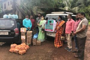 Read more about the article कुडासे, भरपाल पुरग्रस्ताना अन्नधान्य वाटप